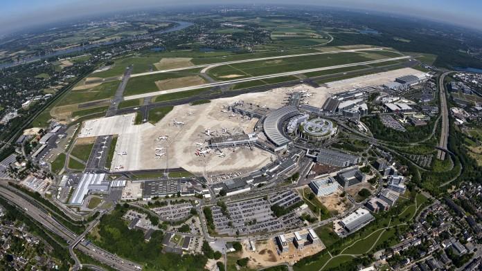 Flughafen Düsseldorf von oben