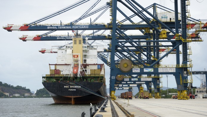 Containerterminal Santos Brasilien